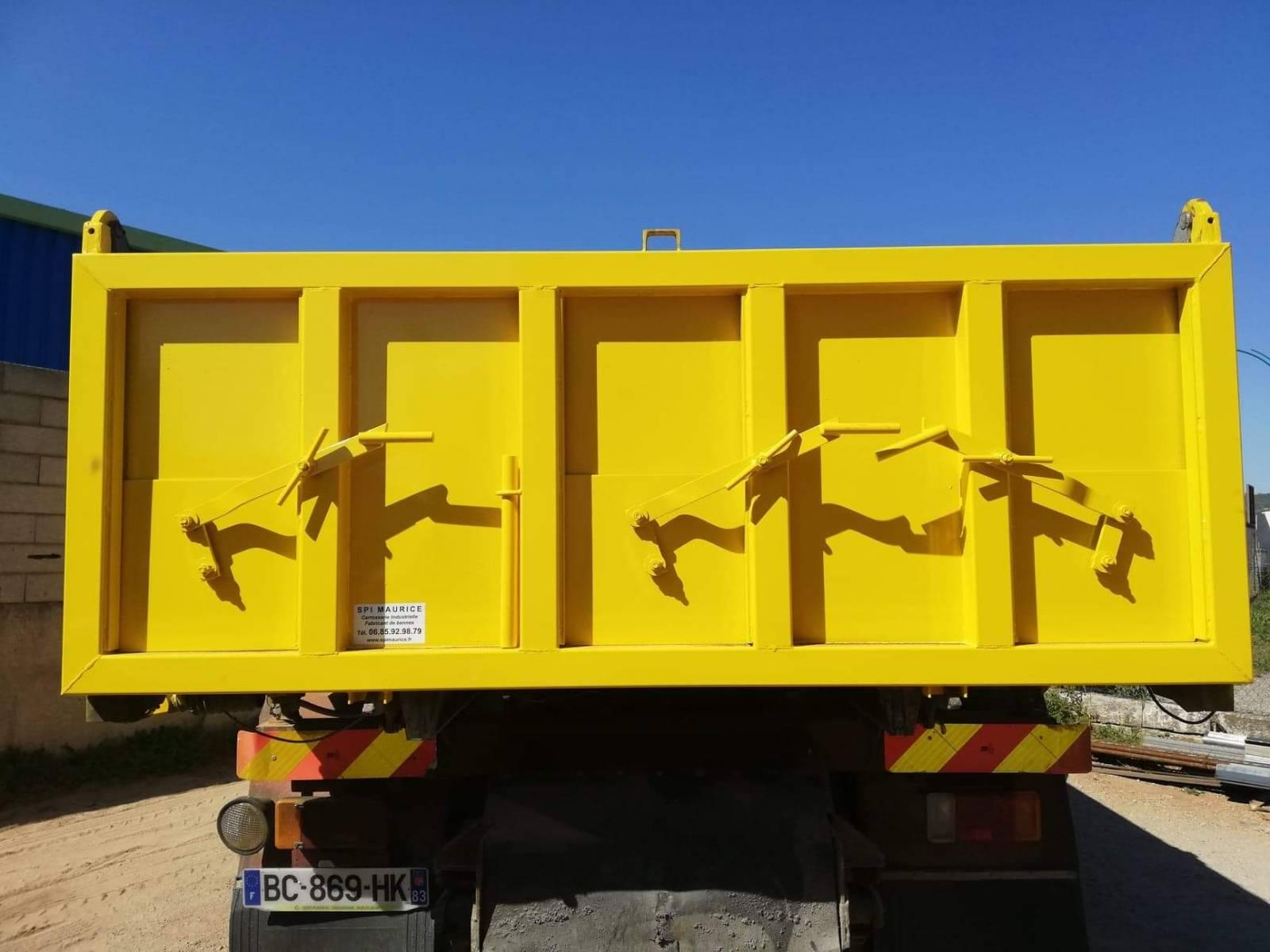 Portes arri re de benne amovible et ridelles en acier fabrication de bennes amovibles sur - Porter plainte pour travaux non effectues ...